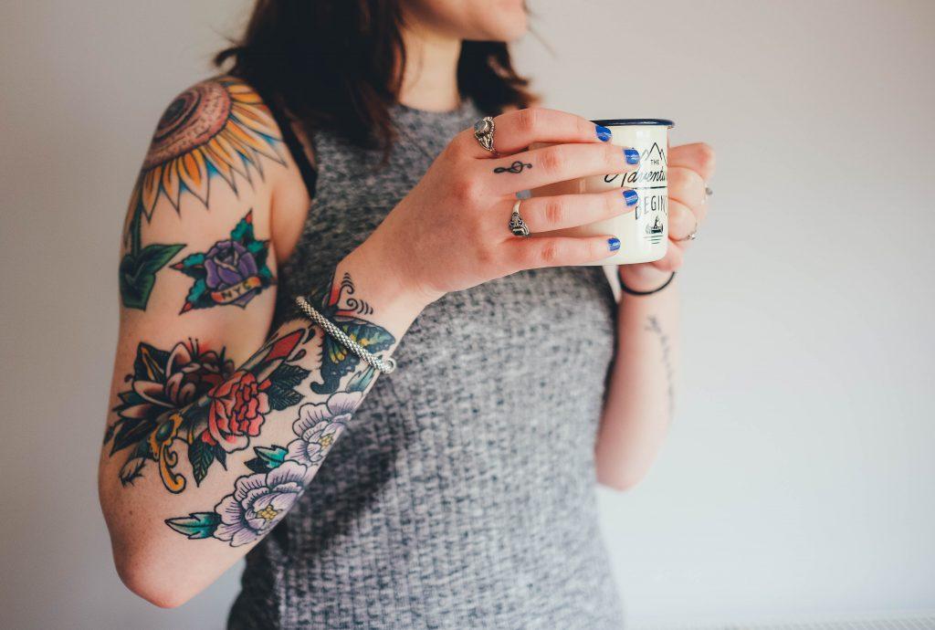 Tatuaż Rękaw Damski Najpopularniejsze Wzory Art Line